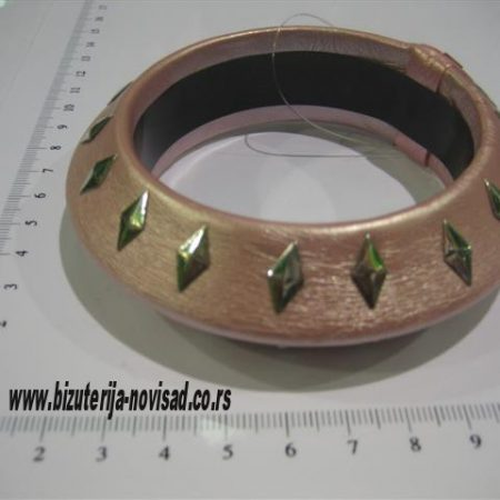 roza narukvica (1)