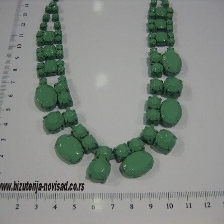 bizuterija ogrlice u boji (23)