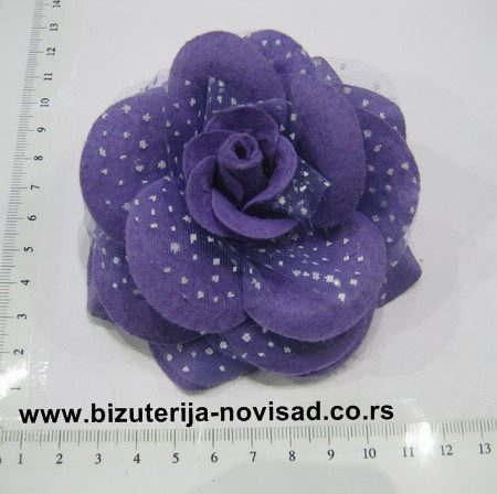 ljubicasti cvetni ukras (1)